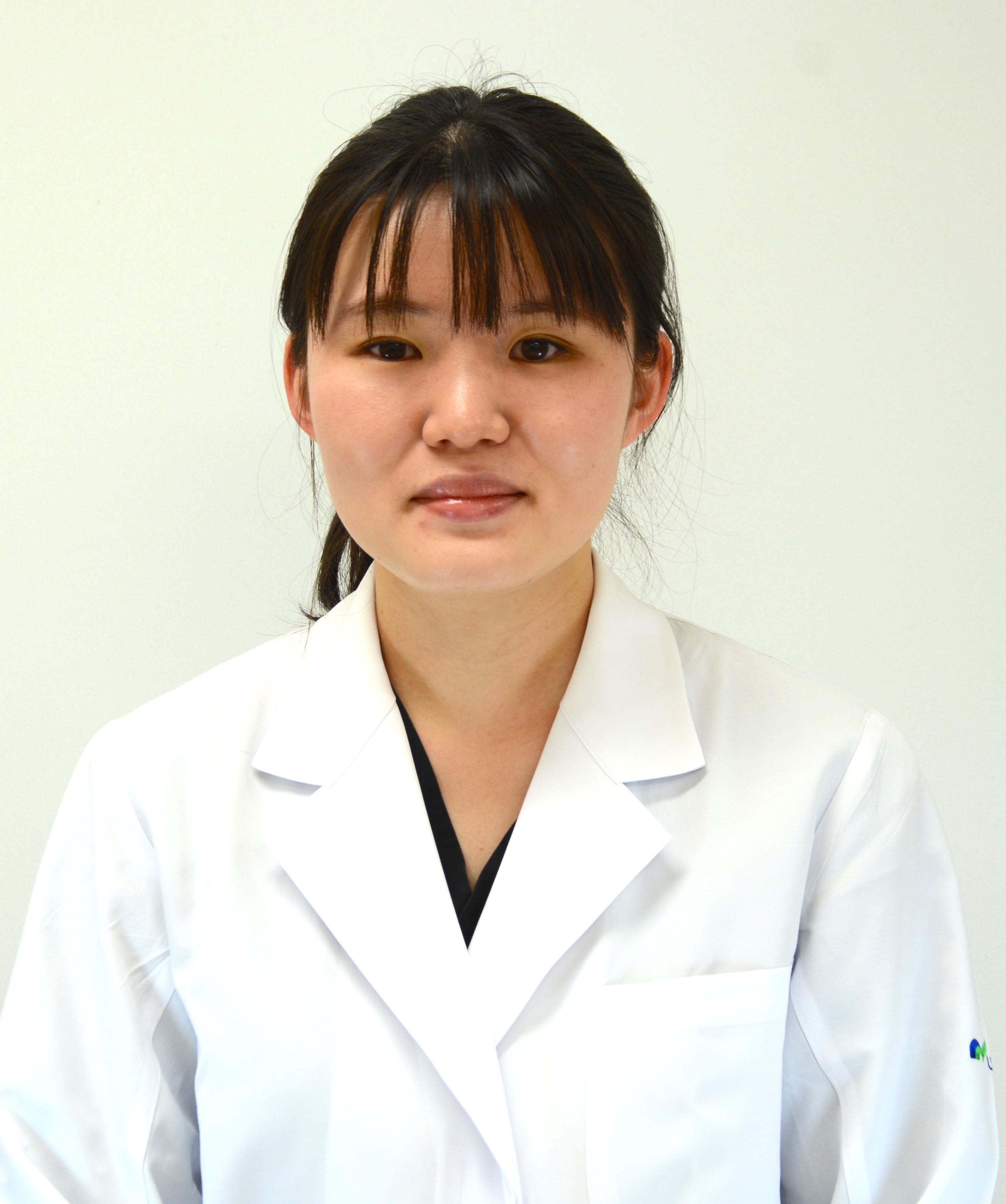 医員:亀田 有紗