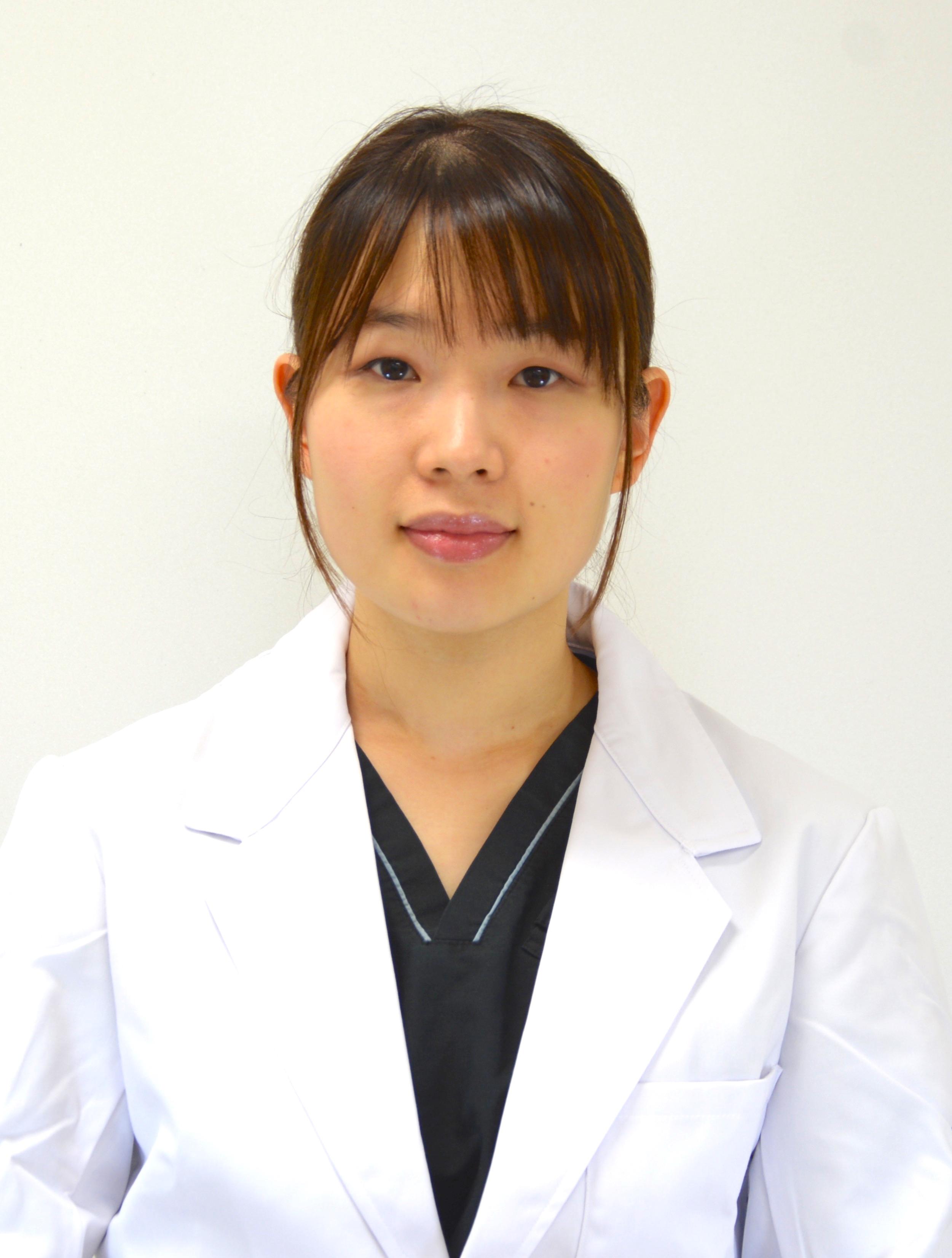 医員:山田 彩